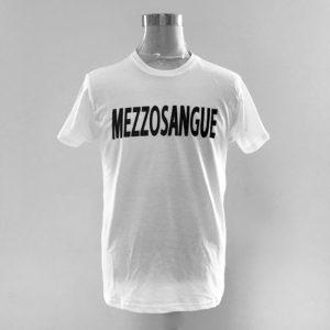 T-Shirt Cotone con scritta Mezzosangue - Fattilamaglietta.it